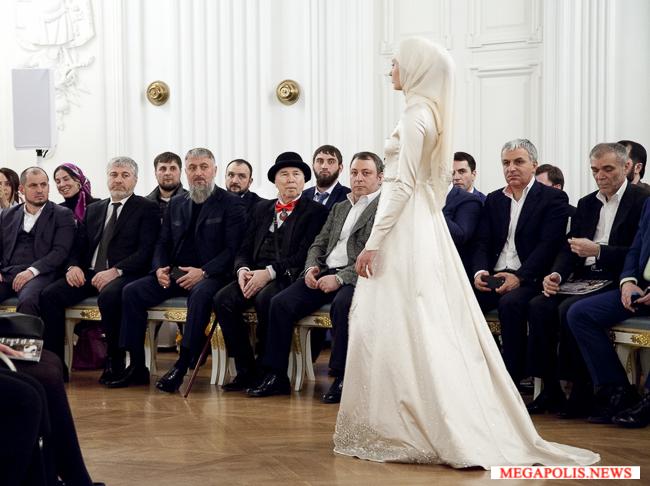 Показ- Айшат-Кадыровой -в- Москве