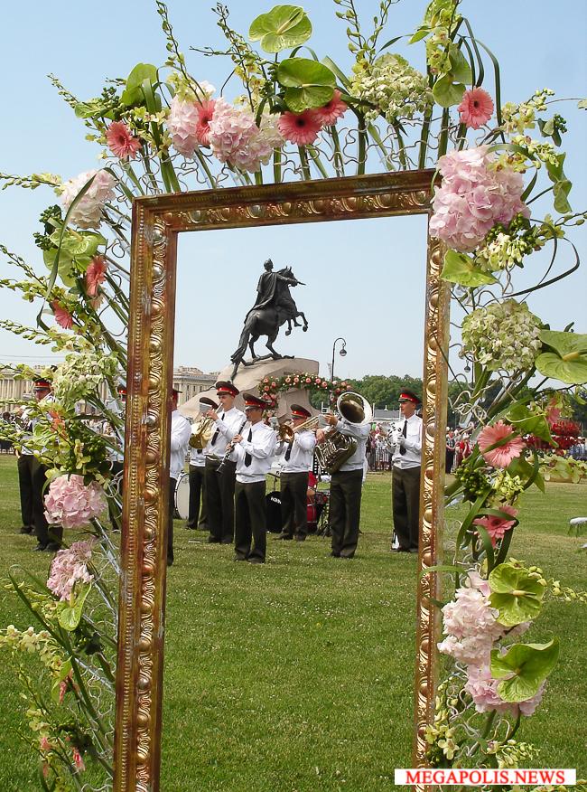 12 июня в Петербурге пройдет крупнейший в России фестиваль цветов