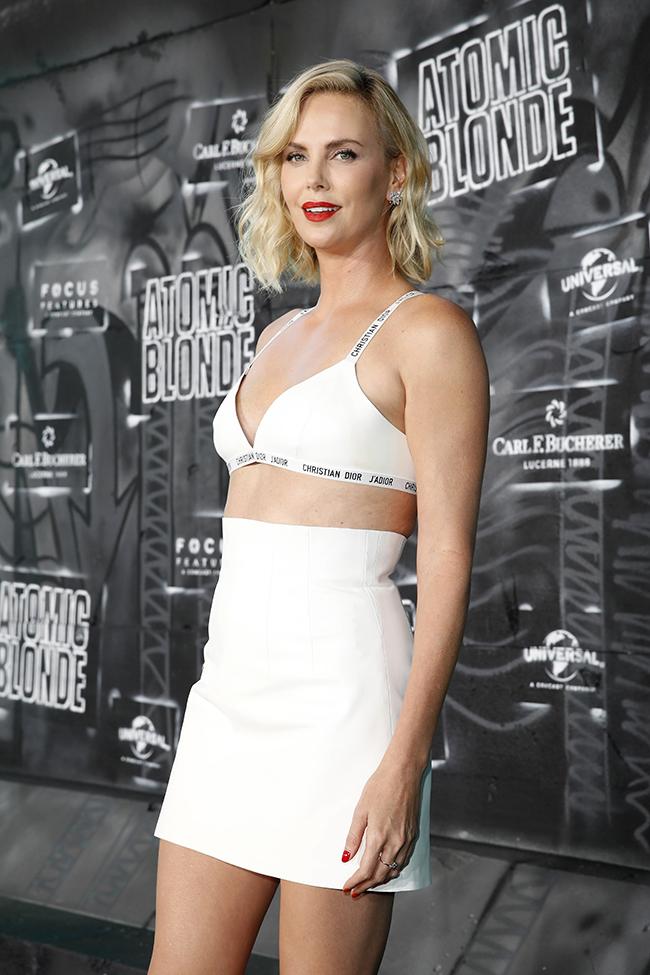 Мировая премьера шпионского триллера «Взрывная блондинка»