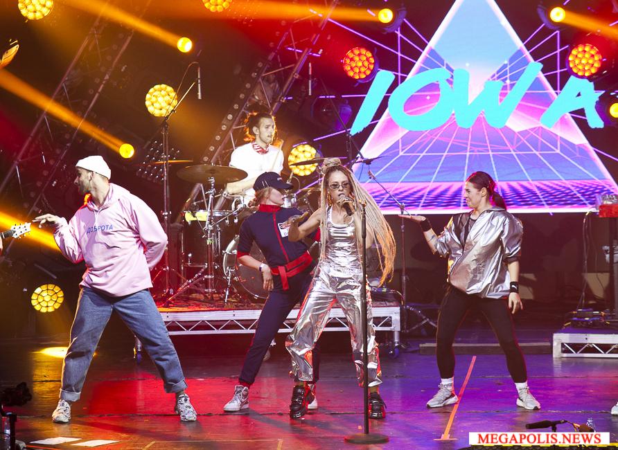 """IOWA представила новую концертную программу """"Плохо танцевать"""""""