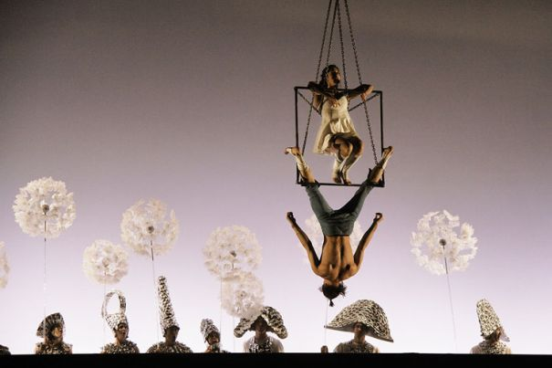 В БДТ покажут цирковой спектакль от режиссера «Дю Солей»