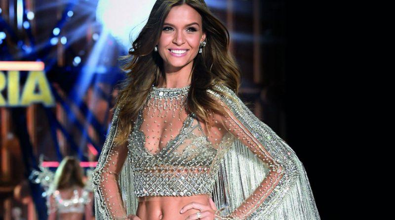 Victorias Secret представит сумки в честь Петербурга
