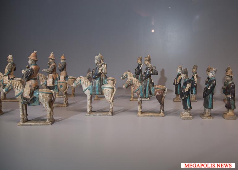 «Династия Мин: сияние учености» выставка в Музеях Московского Кремля
