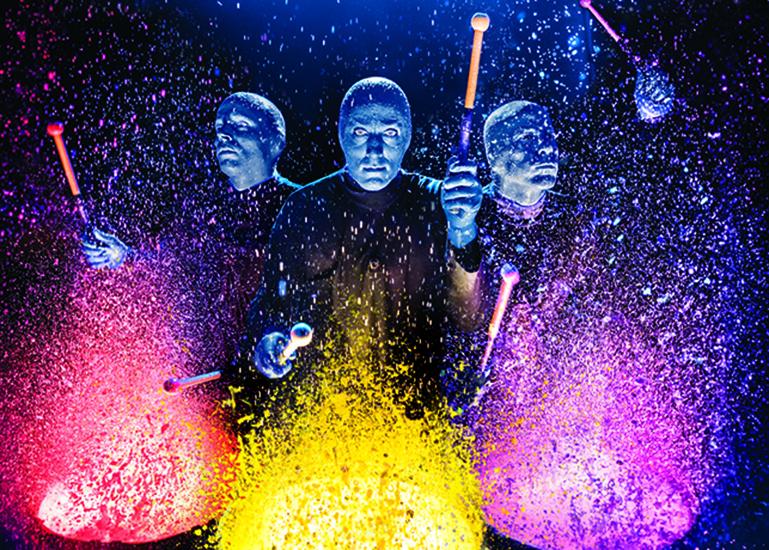 Легендарное-шоу-Blue-Man-Group-World-Tour-впервые-в-России