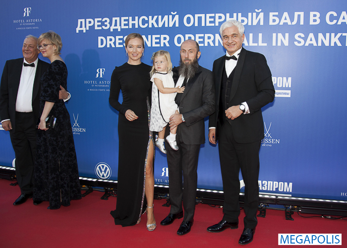 Дрезденский оперный бал впервые прошел в Петербурге