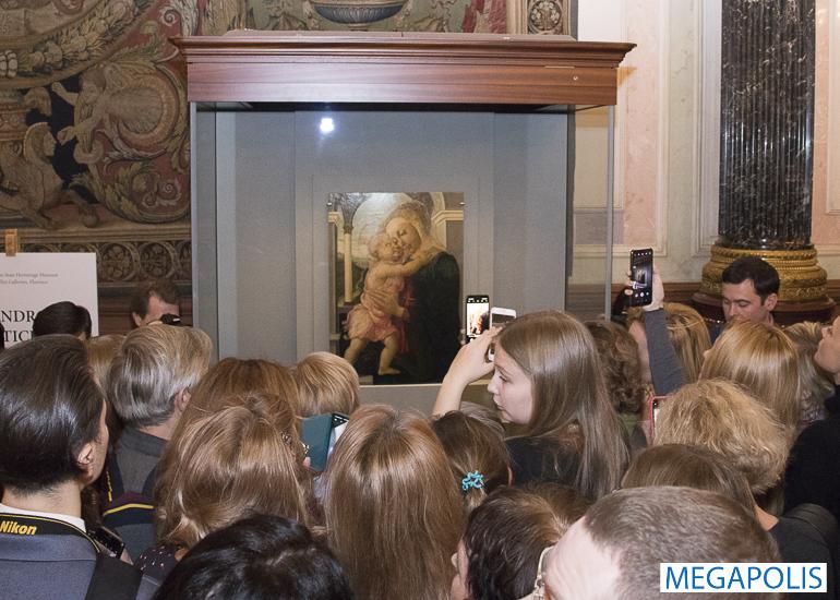 «Мадонну делла Лоджия» Боттичелли в Эрмитаже можно увидеть и потрогать